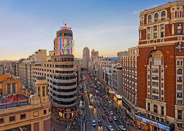 Gran Vija_pogled na zilu kucavicu Madrida