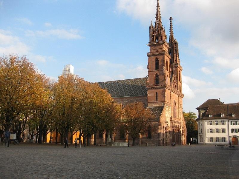 Pogled na katedralu u Bazelu