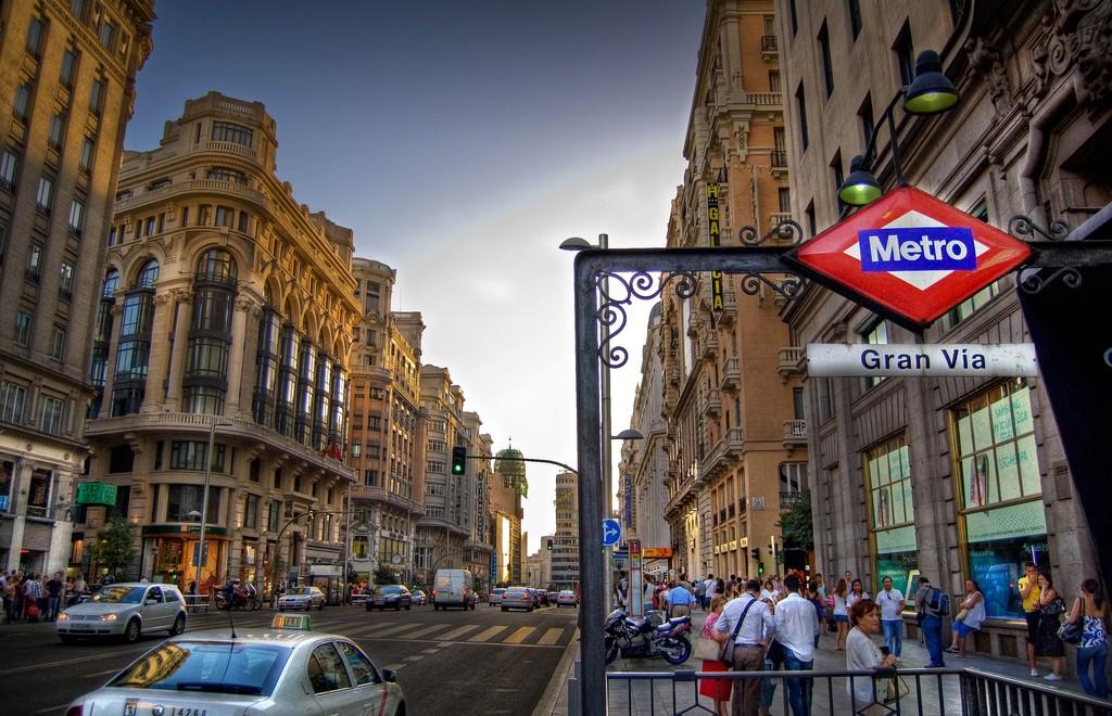 Ulazak u stanicu metroa_Gran Via